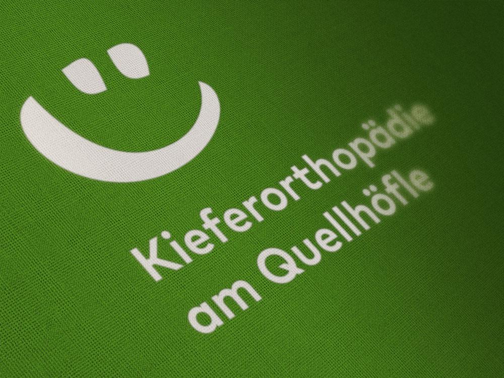 professionelles logo design fuer zahnaerzte am beispiel kieferorthopaede dr huebler donauschingen